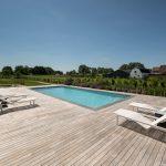 Luxe buitenverblijf met zwembad en Ipé terras